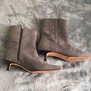 Vero Cucio kitten heel ankle boots